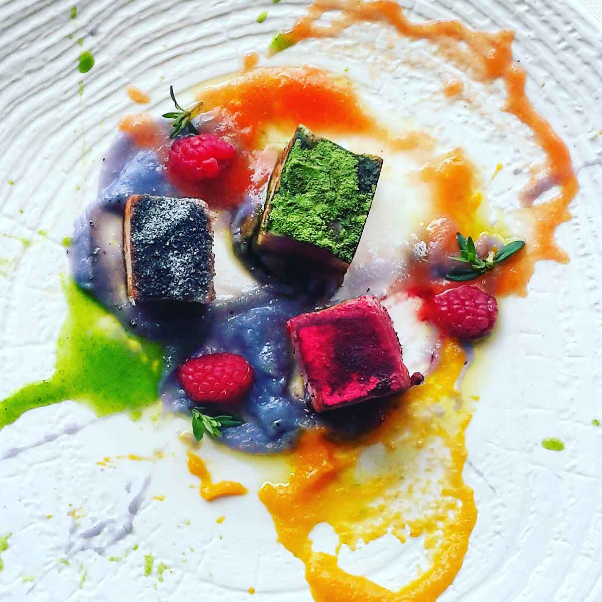 Impiattamento della palamita della chef Deborah Corsi